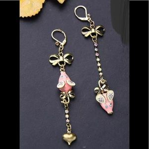 Jewelry - Crystal Bow Pink Mouse Dangle Earrings